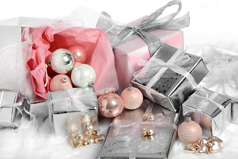 A Quick Guide to Gift Wrapping