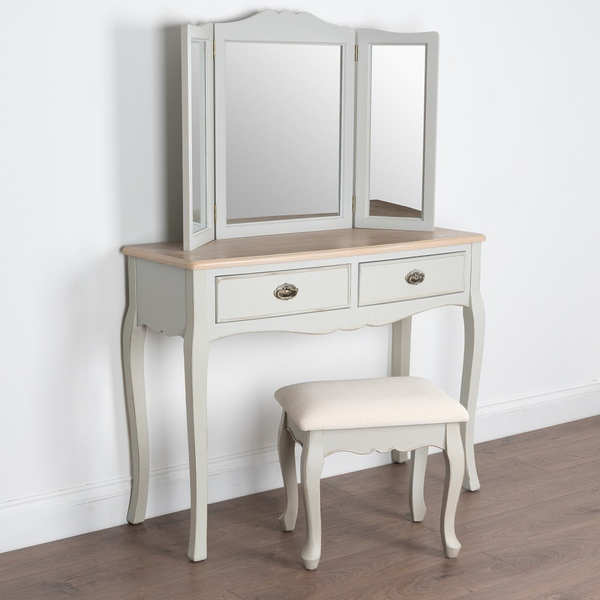Louis Collection Dressing Room Set