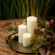 Image 4 - Luxe Collection Natural Glow 3.5 x 9 LED Ivory Candle