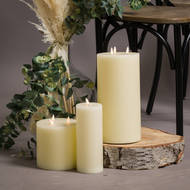 Image 4 - Luxe Collection Natural Glow 3 x 8 LED Ivory Candle