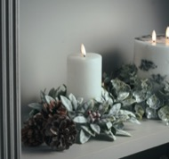 Image 4 - Small Frosted Candle Wreath