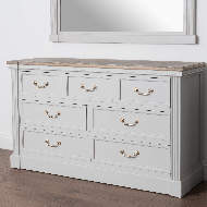 Image 4 - The Liberty Collection Seven Drawer Chest